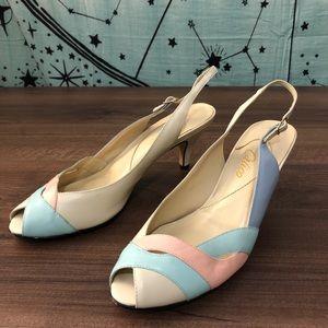 Vintage 90's Pastel Leather Heel Shoes